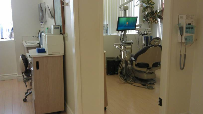 West Los Angeles  dental emergency dentist